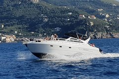Tour of the Capri island from Sorrento, shared boat