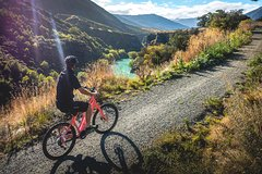 Imagen Self-Guided Tour: Arrowtown River Bike Ride to Gibbston Valley Including Lunch