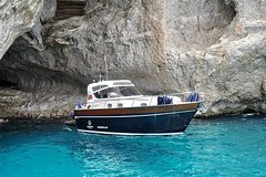 Capri Tour from Sorrento - 38ft Motorboat APREAMARE