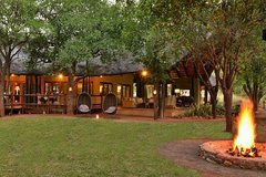 1 Night Breakaway to Black Rhino Game Lodge