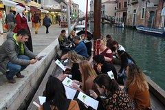 Learn Italian by walking trough Venice. Discover Venice and Italian languag
