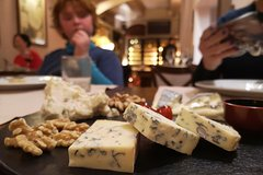 Private Italian Cheese and Wine Tasting in Rome