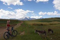 Imagen Private Tour: Maras and Moray Bike Adventure