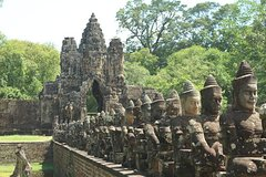 Exploring Angkor Wat full Day from Siem Reap