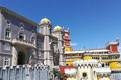 Imagen Private tour through the Romantic Sintra & Amazing Cabo da Roca & Cascais