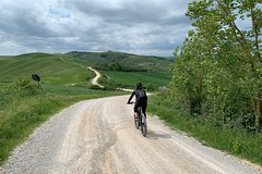 Tuscany SPA & Crete Senesi e-bike Tour – Florence Day Trips