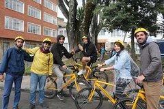 Imagen Northern Bogota Private Bike Tour