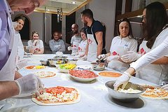 Pizza and Gelato Making Class in Rome