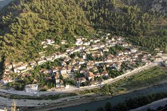 Tour and traditional food in Berat