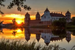 Skip the Line: Mir And Niesvizh Castles Tour Ticket