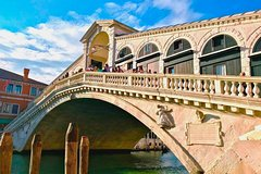 Walking Tour of Venice: from Marks Square to Rialto Bridge