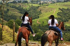Imagen Guatape Rock Tour and Horseback Riding: All In One Adventurous & Fun Full-Day