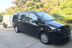 Private Transfer from Brisbane Airport to Noosa- 7seater + Luggage trailer
