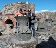 All inclusive tour of Pompeii excavations with transfer from Naples and gui