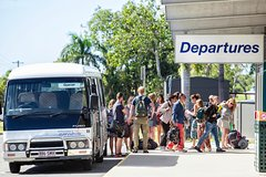 Imagen Shared Departure Transfer: Airlie Beach or Shute Harbour Hotels to Proserpine Airport
