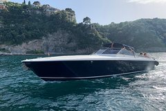 Private Yacht Charter Itama 38