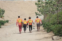 Imagen Surf rentals and Surf trips for intermediate surfers in Lima, Peru