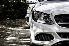Comfortable Premium Car Private Transfer Berlin to Prague with 2h of Sightseeing