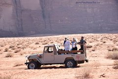 2 Day Jeep Tour with Camel Ride at Wadi Rum (All Meals incl.)