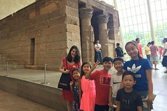 Scavenger Hunt for families at Metropolitan Museum of Art