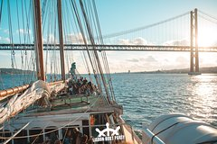 Imagen Fiesta de barco en Lisboa