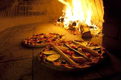 Private Pizza Making class in the vineyard with wine tasting in Rome countr