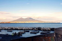 Ancient Pompeii up to the Vesuvius Tour with Local Guide & Driver from