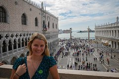 Skip-the-Line Doges Palace & St. Marks Basilica + Murano & Burano T