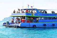Phuket Phi Phi Island tour with Lunch by BigBoat  Hotel Pick Up and Drop Off