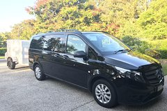 Private Transfer from Noosa to Sunshine Coast Airport- 8seater + Luggage Trailer