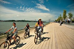 Imagen Lisbon Follow the River Electric Bike Tour