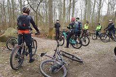 Mountain Bike Courses, Guided Mountain Bike Tours, Teambuilding