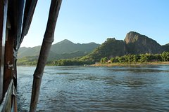 Half Day: Mekong Cruise to Pak Ou Caves and Local Village with Buffet Lunch