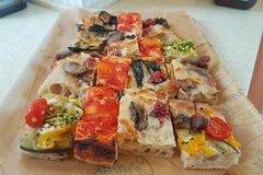 Private Pizza and Gelato Walking Tour in Rome