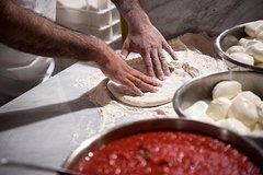 Private Pizza & Tiramisu Class at a Cesarinas home with tasting in Vero