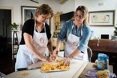 Share your Pasta Love: Small group Pasta and Tiramisu class in Verona