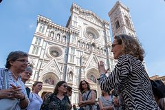 Learn & Go! Florence tour with an Italian language teacher as a guide!