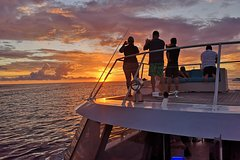 Bora Bora Luxury Catamaran Sunset Cruise