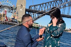 Private Sydney Harbour Romance Cruise for Two with Picnic Lunch