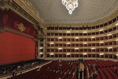 La Scala Theatre, Museum & Duomo guided tour in Milan