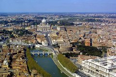 Rome: Private Full-Day Tour with Private Driver and lunch