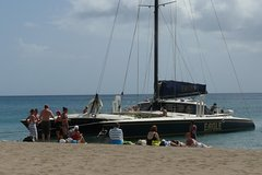 Imagen Catamaran Party Cruise to Nevis from St Kitts