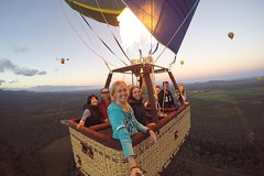 Hot Air Balloon Flight at Sunrise Including Cairns Transfers