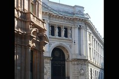 Milan: Neoclassical Milan Private Walking Tour