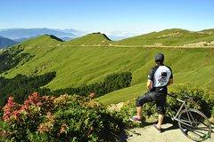Taiwan KOM CHALLENGE CYCLING TOUR Taiwan's Dongjin Wuling KOM Challenge Tour (2 people)