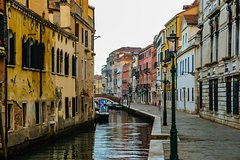 City Discovery Game: Venice's Cannareggio, the trails less travelled!