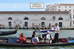 Venice: Grand Canal by Gondola with Music & Singer - Skip the line