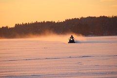 WINTER - Snowmobile Safari & Ice Fishing