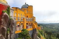 Imagen Sintra Half Day: Private Tour: Pick up: Hotel in Lisbon: in Mercedes