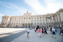 Imagen Madrid Royal Palace Expert Guided Tour with skip-the-line access